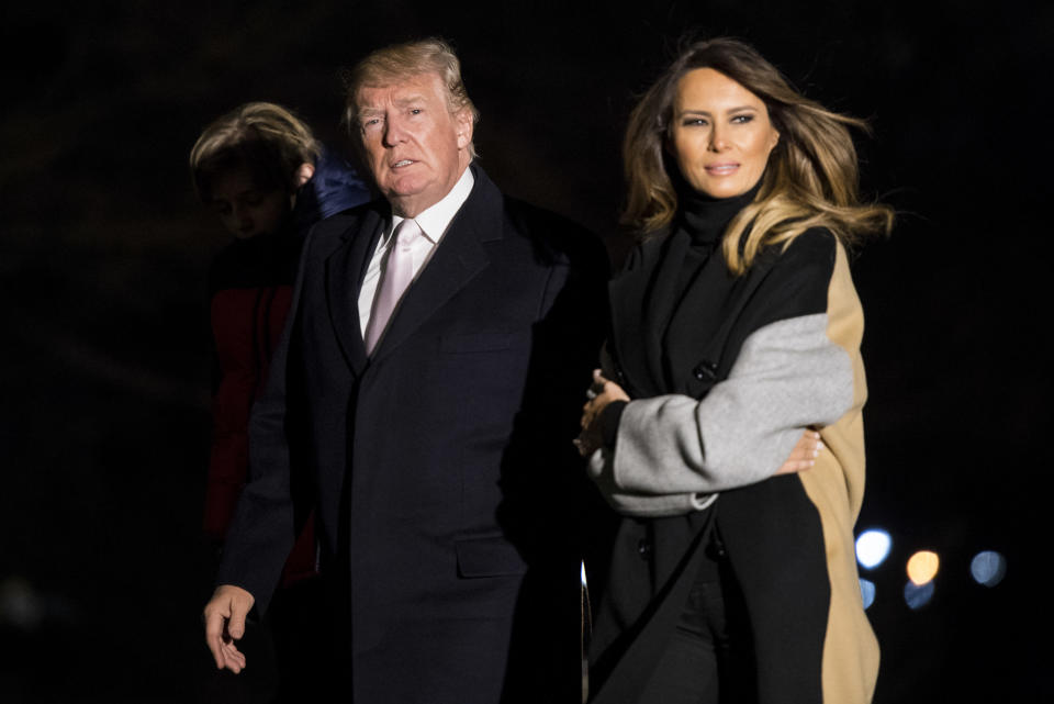 After a weekend trip to Mar-a-Lago, President Trump and Melania return to the White House, Jan. 15, 2018. (Photo: Kevin Dietsch-Pool/Getty Images)