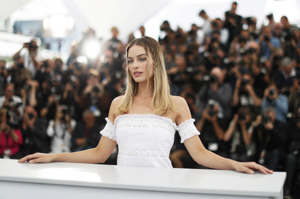 """72nd Cannes Film Festival - Photocall for the film """"Once Upon a Time in Hollywood"""" in competition - Cannes, France, May 22, 2019.  Cast member Margot Robbie poses. REUTERS/Eric Gaillard"""