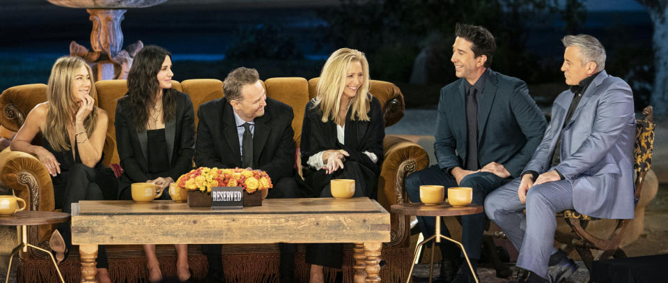 From left to right: Jennifer Aniston, Courteney Cox, Matthew Perry, Lisa Kudrow, David Schwimmer and Matt LeBlanc share memories during 'Friends: The Reunion' (Photo: Terence Patrick/HBO Max)