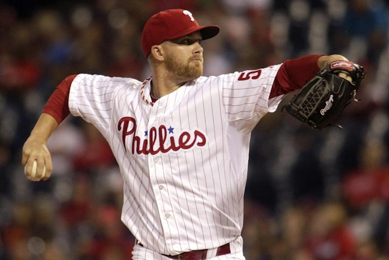 Philadelphia Phillies starting pitcher Tyler Cloyd throws against the New York Mets in the first inning of a baseball game Saturday, Sept. 21, 2013, in Philadelphia. (AP Photo/H. Rumph Jr)