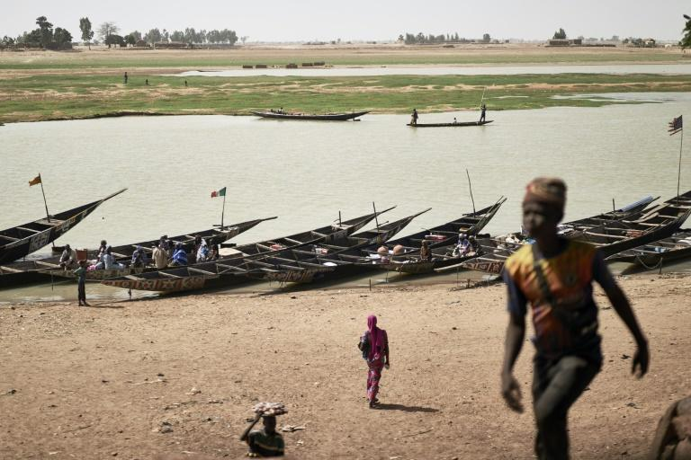 Mopti is one of the main ports in central Mali