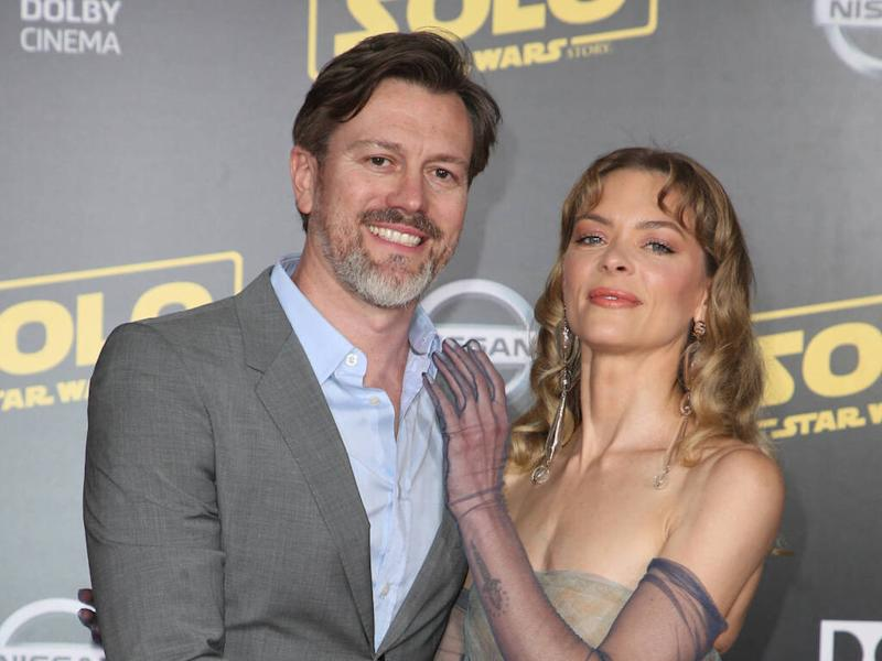 Jaime King's estranged husband accuses her of emptying joint accounts amid divorce