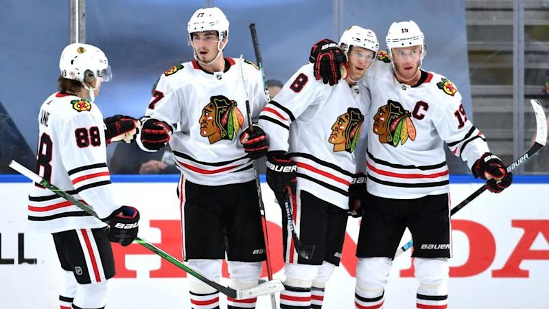 Kubalik, Blackhawks dominate in disastrous Game 1 for Oilers