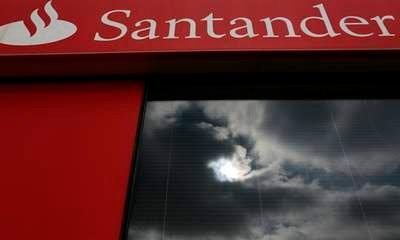 Santander Profits Take £450m Hit From PPI