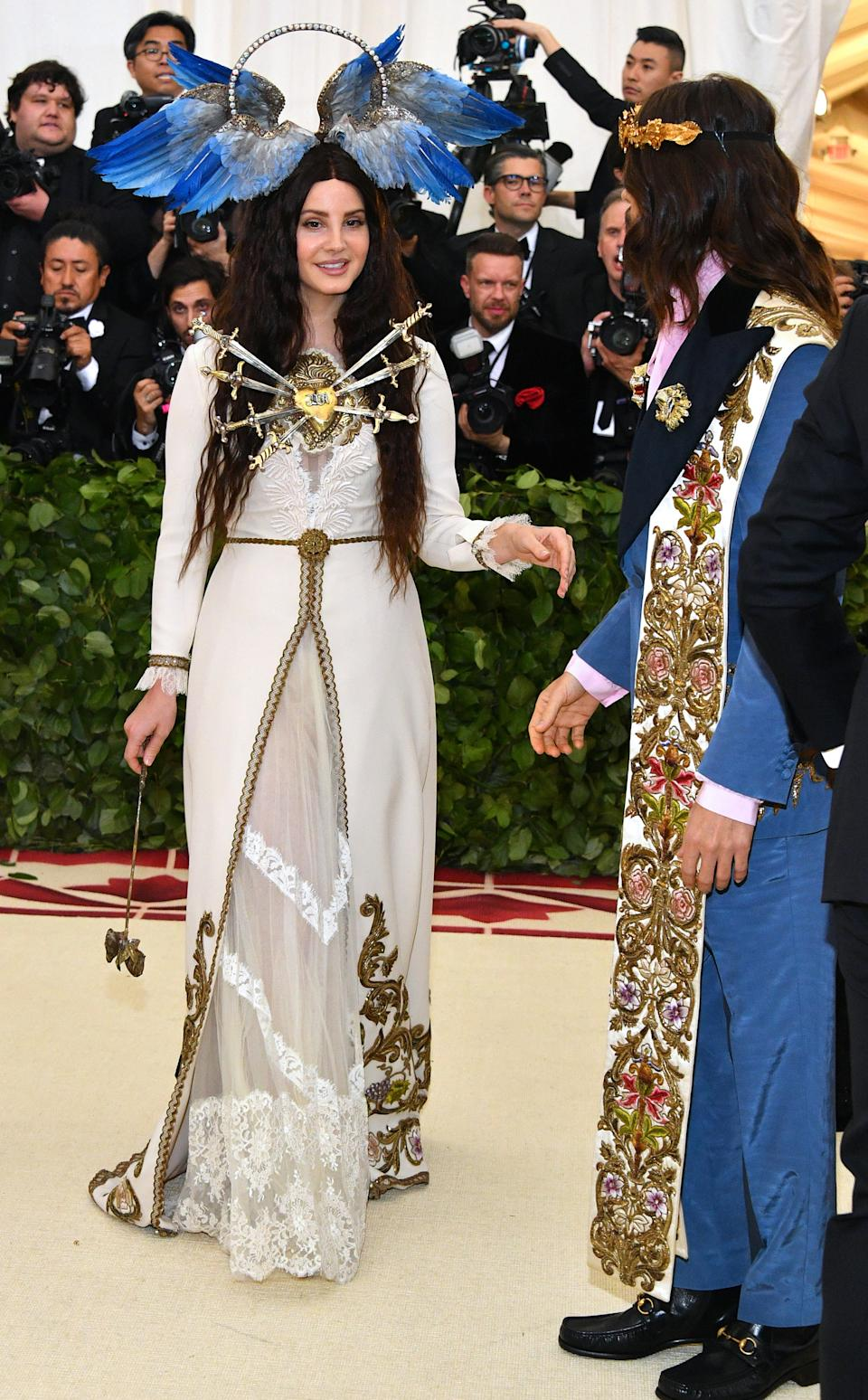 """<h1 class=""""title"""">Lana Del Rey and Jared Leto, both in Gucci</h1><cite class=""""credit"""">Photo: Getty Images</cite>"""