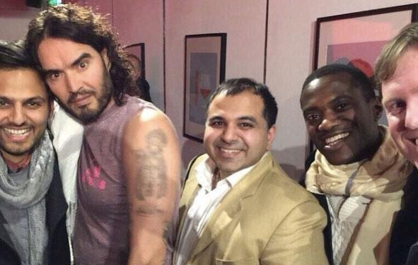 Just chilling with Russell Brand... as you do! Source: Instagram
