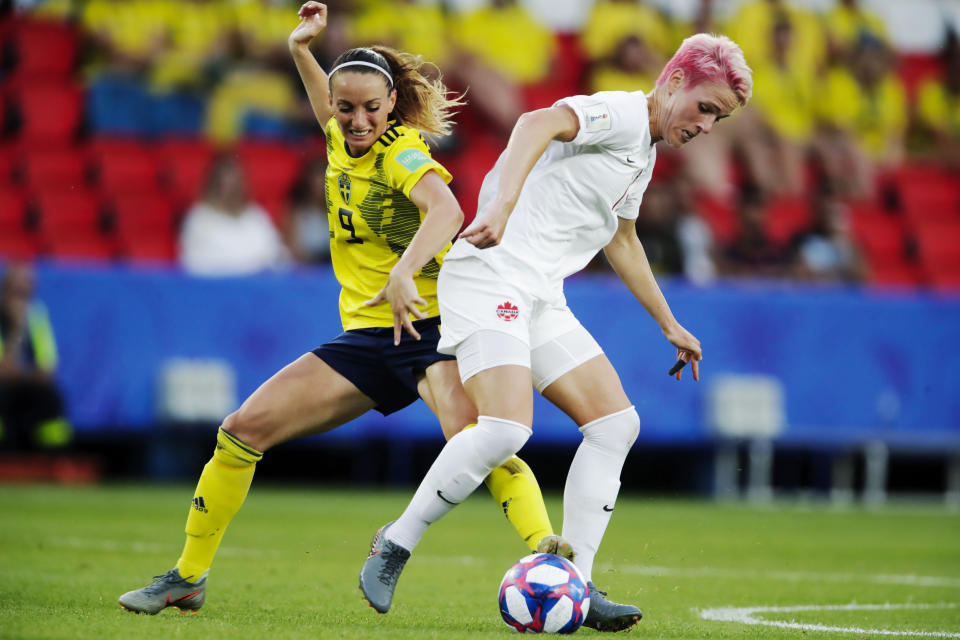 (L-R) Kosovare Asllani of Sweden Women, Sophie Schmidt of Canada Women during the World Cup Women match between Sweden v Canada at the Parc des Princes on June 24, 2019 in Paris France (Photo by Eric Verhoeven/Soccrates/Getty Images)