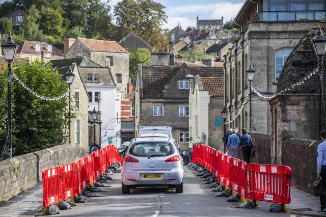 Traffic builds in Bradford-on-Avon as a new one-way system is put into place