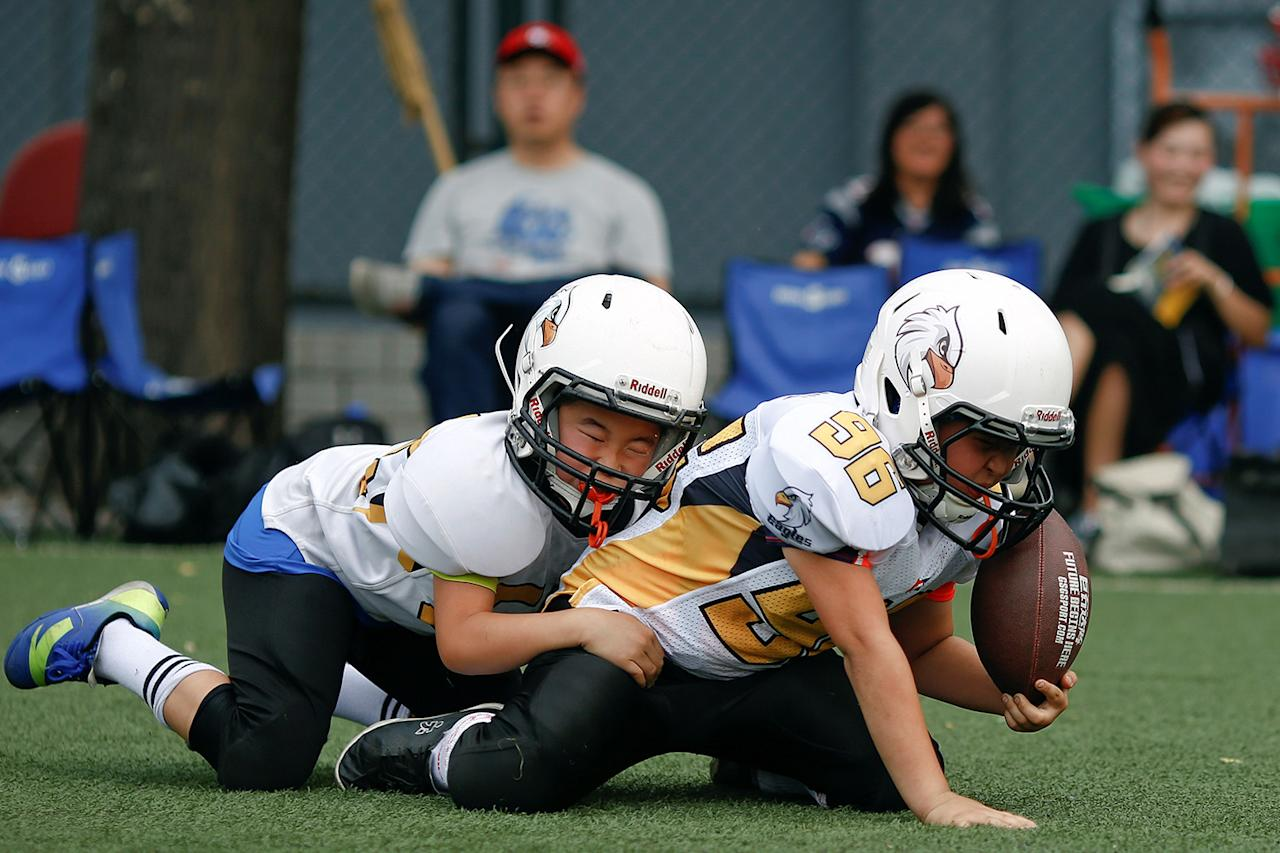 American Football League: China's 'Friday Night Lights': Chinese Youth Tackle