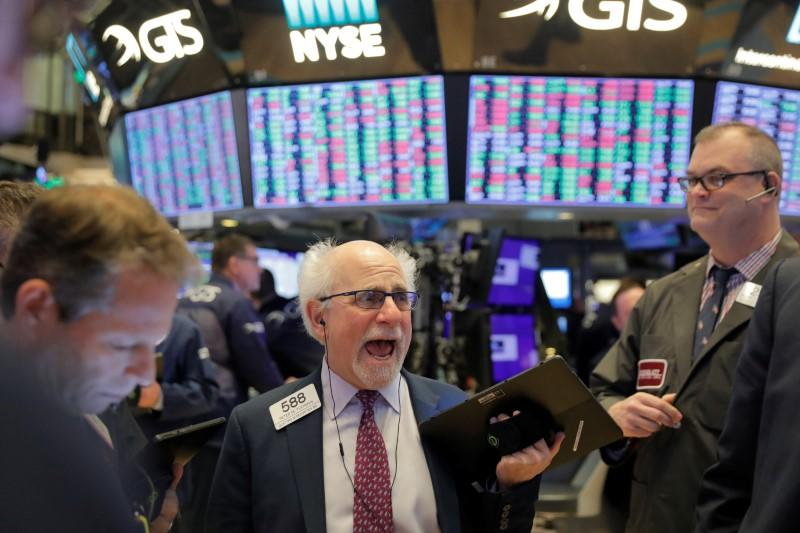 Global markets: China virus fears spook U.S. shares, oil prices