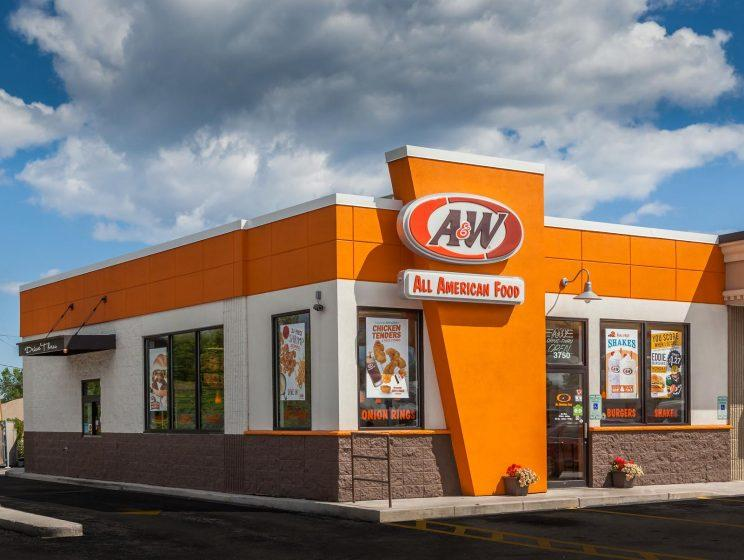 A&W was the first fast-food restaurant that opened in Singapore in the 60s. All five outlets shut in 2003. (Photo: A&W Multimedia)