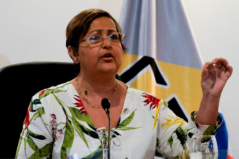 The president of the Venezuelan National Electoral Council (CNE), Tibisay Lucena, speaks during a press conference in Caracas on June 10, 2016 (AFP Photo/Federico Parra)