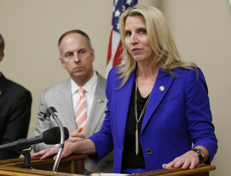 Oklahoma may require restroom signs in anti-abortion effort