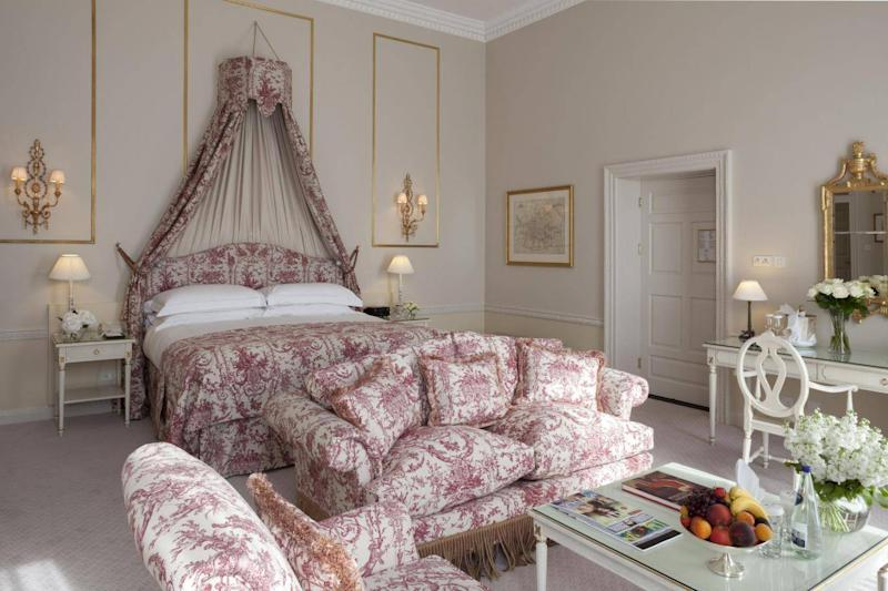 A junior suite at The Merrion, one of Dublin's most luxurious properties (The Merrion)
