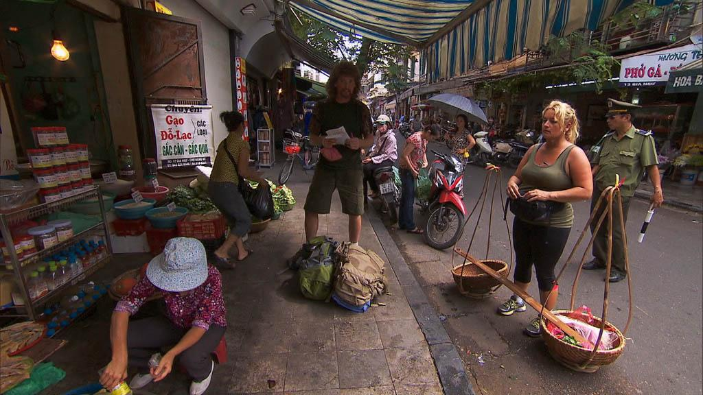"""Your Tan is Totally Cool"" -- In Detour B, Married couple Chuck (center) and Wynona (right) must gather the ingredients and then make a Vietnamese soup called Pho Ga in order to receive the next clue on ""The Amazing Race."""