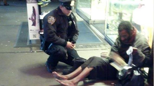 NYPD Officer's Act of Kindness Goes Viral