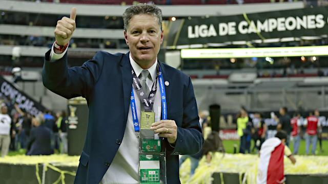After more than five years with Las Aguilas, the director is stepping aside, though he won't close out the season as he'd hoped.