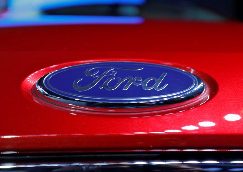 Ford to restart U.S. truck plants in April to beat pandemic-linked cash squeeze