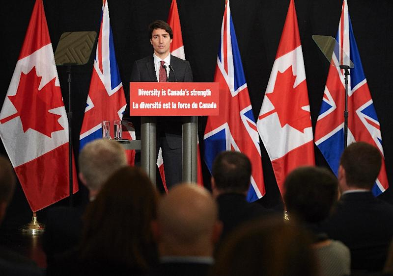 Canadian Prime Minister Justin Trudeau delivers a speech in central London on November 25, 2015 (AFP Photo/Niklas Halle'N)