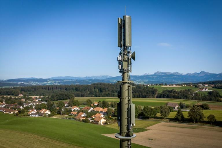 Swiss direct democracy could put 5G networks on ice