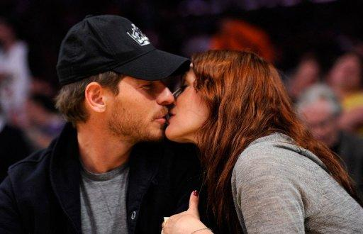 Actress Drew Barrymore (R) and Will Kopelman