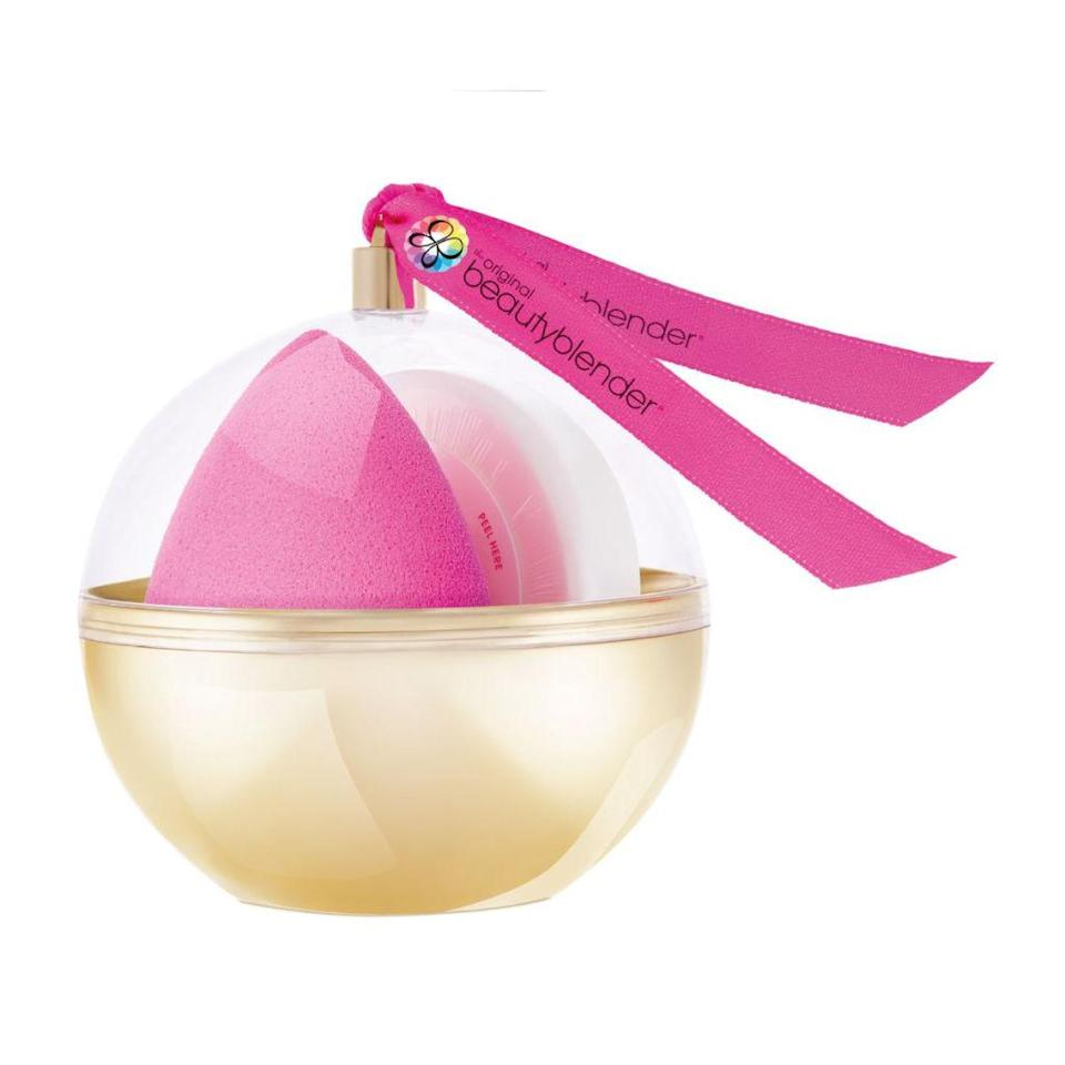 """<p><a rel=""""nofollow noopener"""" href=""""https://www.cultbeauty.co.uk/beautyblender-midas-touch.html"""" target=""""_blank"""" data-ylk=""""slk:Cult Beauty"""" class=""""link rapid-noclick-resp"""">Cult Beauty</a> - £18</p><p>This is such a perfect gift for any friend who considers themselves a make-up maestro. Flawless foundation every time? Yes please. It also includes a tub of Blender Cleanser to take the chore out of keeping the sponge pristine after every use. </p>"""