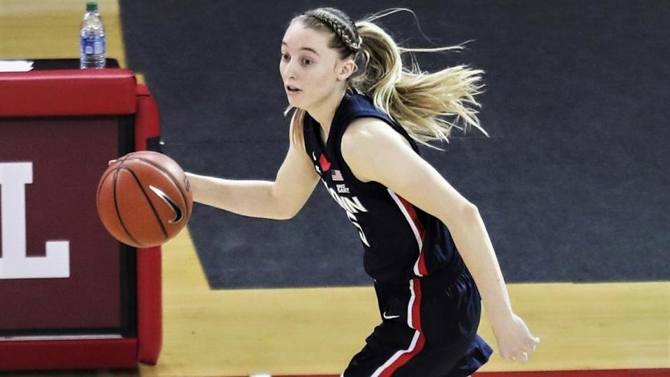 Paige Bueckers dribbles up floor