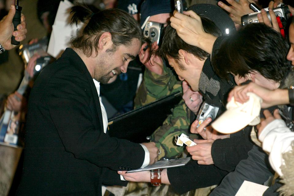 Colin Farrell greets fans in London on Jan. 5, 2005. (Photo: Tim Whitby/WireImage)