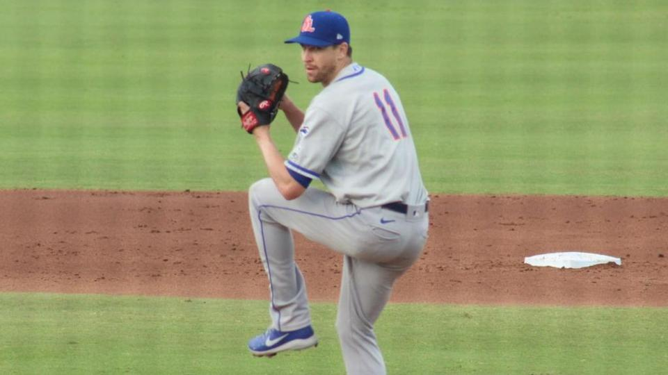 Jacob deGrom pitching for St. Lucie Mets