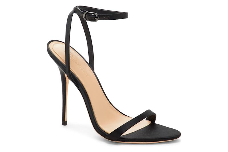 imagine by vince camuto, black sandals, thin strap