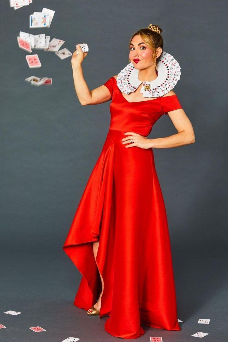 """<p>To make the collar of this easy <em>Alice in Wonderland</em>-inspired costume, wrap a large piece of paper around your neck so you can trim it down to the right size. Then, staple cards from a deck all around the paper collar, layering them for a fanned-out effect. Pair it with a red dress and red lips and you're good to go!</p><p><a class=""""link rapid-noclick-resp"""" href=""""https://www.amazon.com/Amoretu-Sleeve-Shoulder-Dresses-Pockets/dp/B08R76NPDZ?tag=syn-yahoo-20&ascsubtag=%5Bartid%7C10070.g.490%5Bsrc%7Cyahoo-us"""" rel=""""nofollow noopener"""" target=""""_blank"""" data-ylk=""""slk:SHOP RED DRESSES"""">SHOP RED DRESSES</a></p>"""