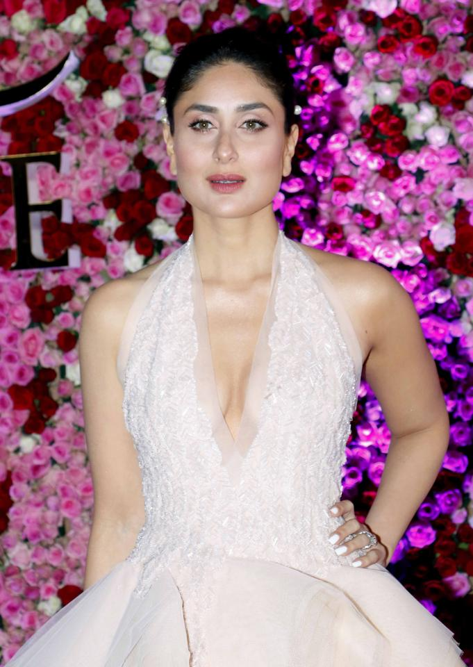 "<p><strong>Kareena Kapoor Khan:</strong> ""Women are way more superior than men. We are fighters and whichever situation it is in our life, personal or professional, we all come out as fighters."" </p>"