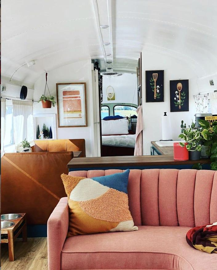 Adelita tiny house bus
