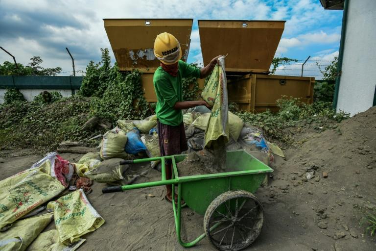 The Philippines faces a waste crisis, with a report last year saying it uses a 'shocking' amount of single-use plastic (AFP Photo/Maria TAN)