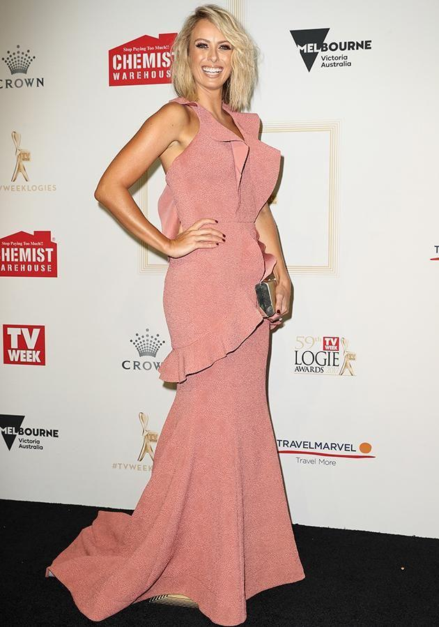 Meanwhile Sylvia Jeffrey's Rebecca Vallance gown was compared to a 'vagina'. Photo: Getty