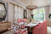 """<p>Here, grasscloth wallpaper (Cosmopolitan Weave in Glimmer from Winfield Thybony through <a href=""""https://www.kravet.com/"""" rel=""""nofollow noopener"""" target=""""_blank"""" data-ylk=""""slk:Kravet"""" class=""""link rapid-noclick-resp"""">Kravet</a>) ground this delightful dining area designed by Lorna Gross for the <a href=""""https://www.veranda.com/decorating-ideas/house-tours/g36026302/kips-bay-decorator-show-house-palm-beach-2021/"""" rel=""""nofollow noopener"""" target=""""_blank"""" data-ylk=""""slk:2021 Kips Bay Decorator Show House in Palm Beach"""" class=""""link rapid-noclick-resp"""">2021 Kips Bay Decorator Show House in Palm Beach</a>. </p>"""
