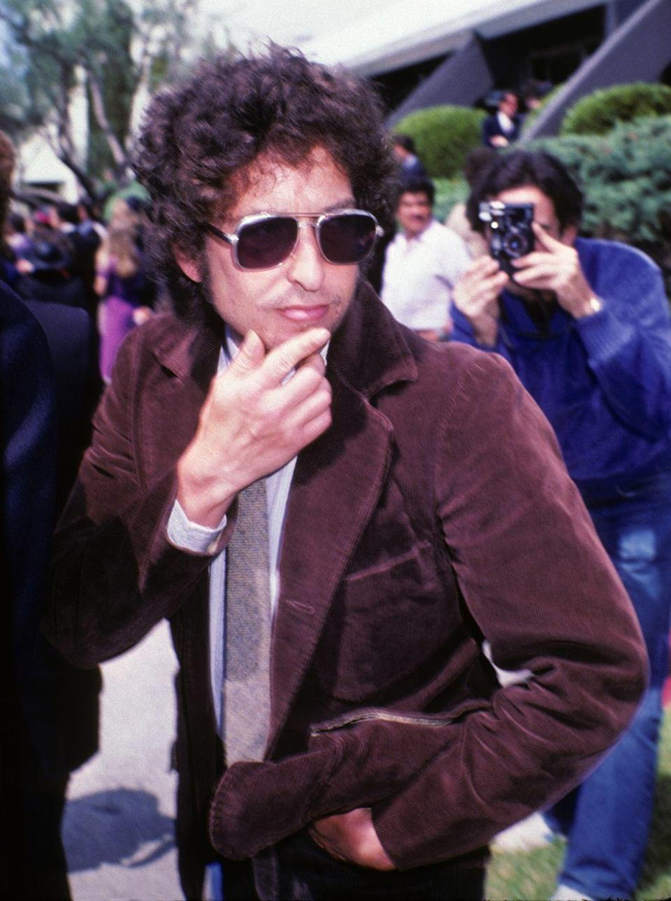 """<p>Dylan was in the midst of his Christian period when he turned 40 but remained (despite it or because of it) an """"iconoclast,"""" according to the New York Times. He also started wearing suits. </p>"""