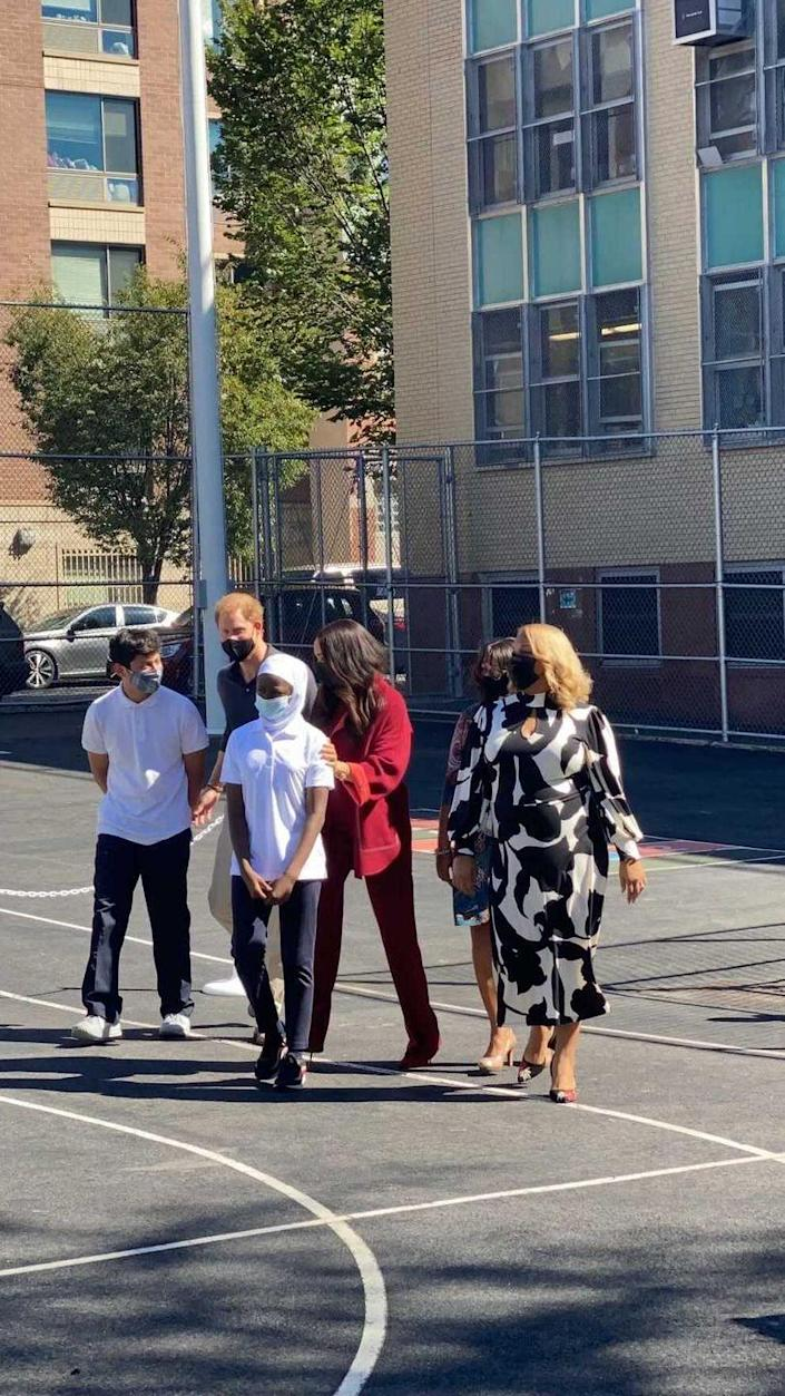 <p>On Friday morning, Harry and Meghan headed to elementary school P.S. 123 Mahalia Jackson, located in Harlem, to meet with students. </p>