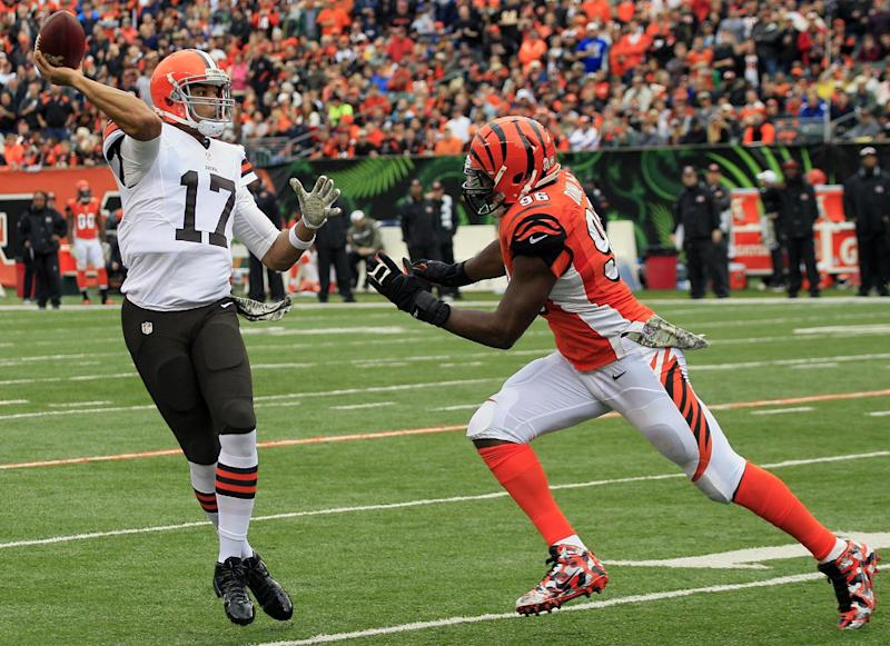 Browns trying to avoid hangover against Steelers