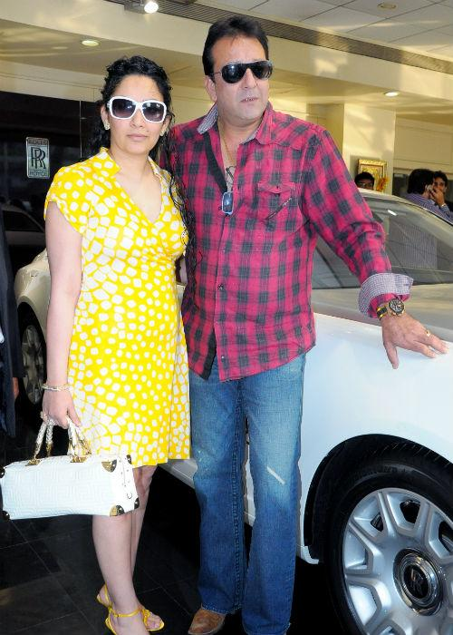 <b>7. Sanjay Dutt-Manyata</b><br><br>Sanjay Dutt or Sanju Baba, as he is known to his loved ones, has been married thrice. He married Richa Sharma in 1987. They had a daughter named Trishala. After Richa's death, Sanjay married Rhea Pillai in 1998 but divorced her in 2005. He married Manyata in 2008. She gave birth to the couple's first children together -twins boy and girl- in 2010.
