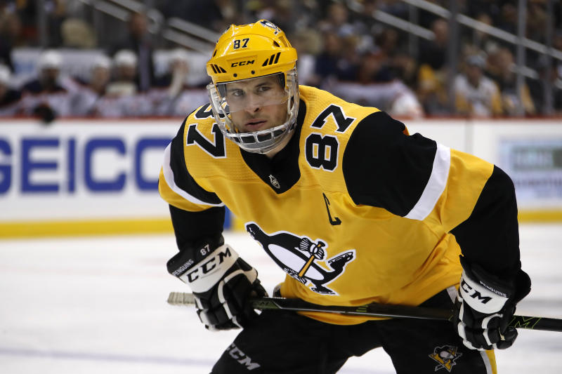 Penguins' Crosby to return from 2-month absence against Wild