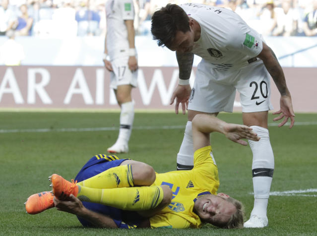 Sweden's Ola Toivonen grimaces during the group F match between Sweden and South Korea at the 2018 soccer World Cup in the Nizhny Novgorod stadium in Nizhny Novgorod, Russia, Monday, June 18, 2018. (AP Photo/Lee Jin-man)