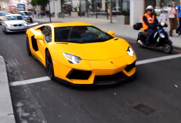 Video: The supercars of London