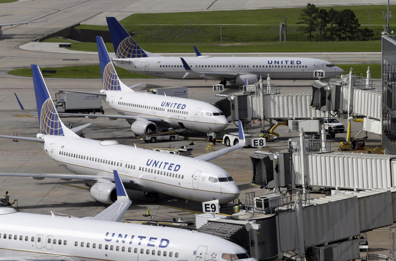 United Passenger David Dao Settles With Airline Over Dragging Incident