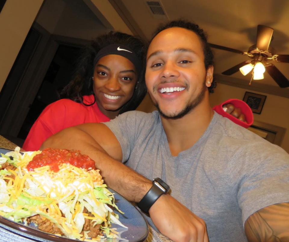"""<p>With these two, even ordinary Tuesdays are delightful. """"This is OUR taco Tuesday, NACHOS,"""" Ervin explained. (Photo: <a rel=""""nofollow noopener"""" href=""""https://www.instagram.com/p/BeCJpbbFzkg/?hl=en&taken-by=staceyervinjr"""" target=""""_blank"""" data-ylk=""""slk:Stacey Ervin via Instagram"""" class=""""link rapid-noclick-resp"""">Stacey Ervin via Instagram</a>) </p>"""