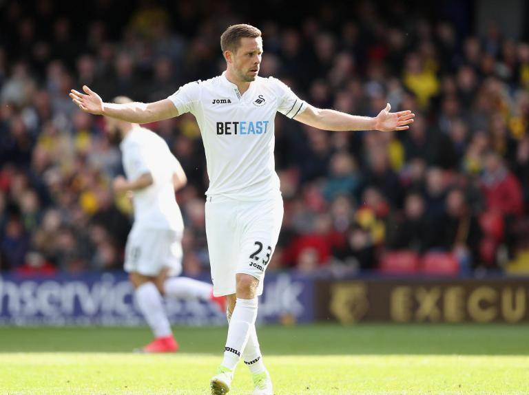 Gylfi Sigurdsson poised to complete Everton move from Swansea