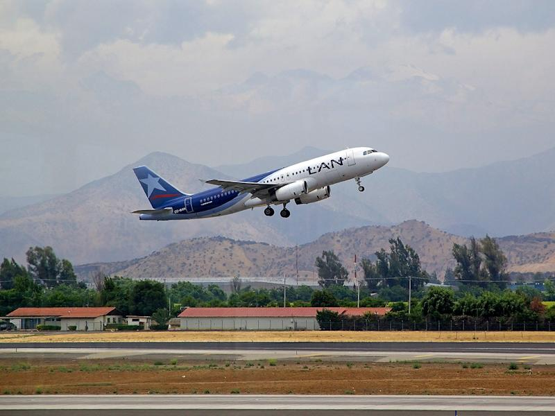 Lan Airlines airbus A320 in Santiago airport: Getty