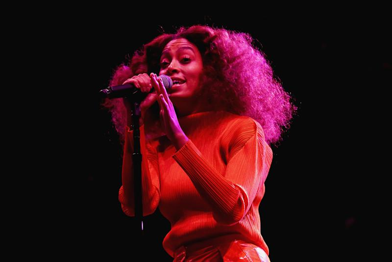 Solange is donating proceeds from her concerts to victims of Hurricane Harvey (Bennett Raglin via Getty Images)