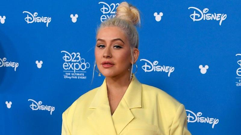 Christina Aguilera Breaks Down While Receiving Award from Domestic Violence Shelter