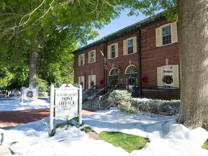 Griswold Inn and post office in Essex Connecticut